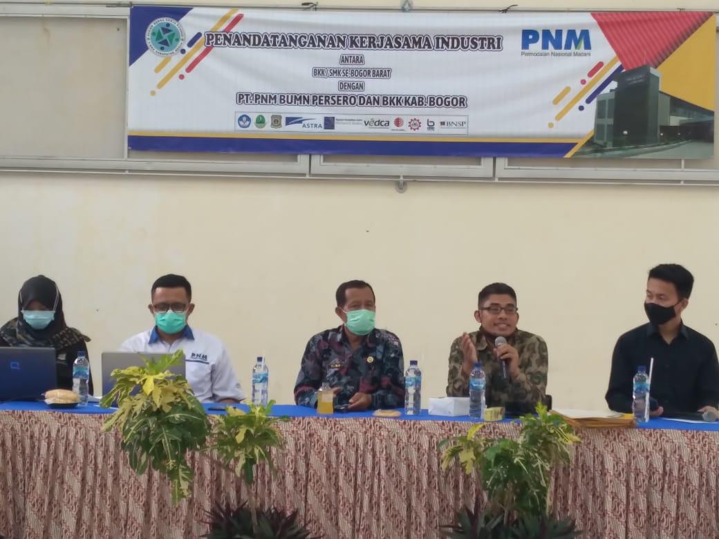 Loker Bagi Alumni Smk Dengan Pt Pnm Mekaar Melalui Bkk Smk Kabupaten Bogor Relasi Publik Jabar